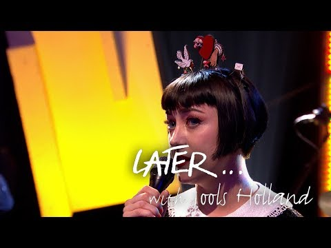 (UK TV debut) Hailey Tuck - That Don't Make It Junk on Later... with Jools