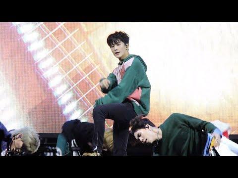 180927 NCT 127 마크(Mark) - Cherry Bomb (체리밤) [코리아세일페스타] 4K 직캠 by 비몽