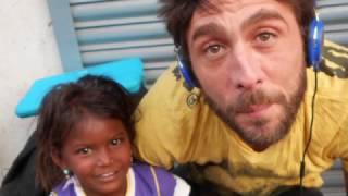 Slep sam, paralizovan, život mi je noć bez kraja! Molim vas, PUSTITE ME DA UMREM! Vapaj slavnog muzičara potresao svet! (VIDEO)