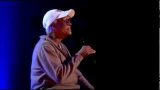 Dionne Warwick - (There's) Always Something There to Remind Me (Live Alan Titchmarsh Show)
