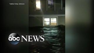 Hurricane Florence batters Carolina coast as it makes landfall