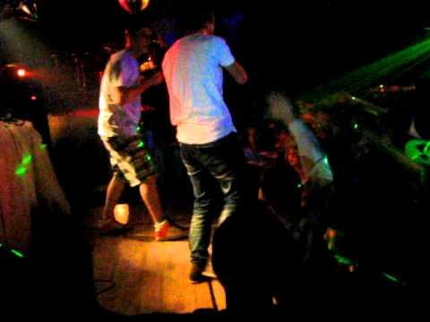 Johnyboy - Ты нужна мне (live 25.09.10)