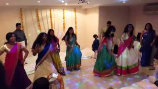 Lungi Dance Chennai Express Wedding