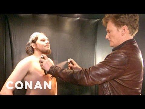 Conan Visits A Spray Tanning Salon & Gets A Weave - CONAN on TBS