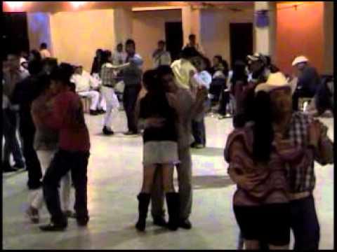 LOS TRES ALACRANES (MIL TRAGOS DE TEQUILA)6-11-2011 SANTO TOMAS.mpg