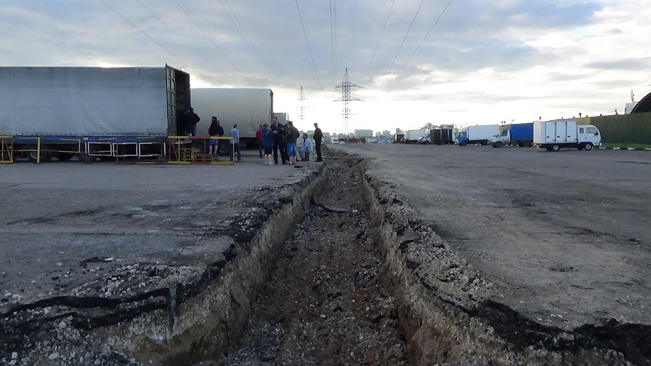 Дальнобойщиков загоняют в окопы на подступах к Москве