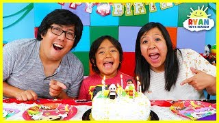 Ryan Pretend Play Happy Birthday Party!!!