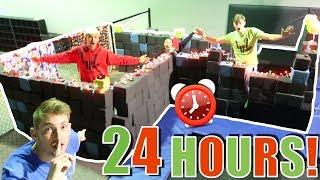 24 HOUR FORT OVERNIGHT CHALLENGE IN TRAMPOLINE PARK!