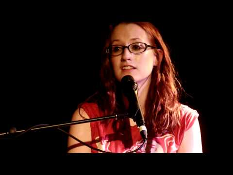 Ingrid Michaelson - Can't Help Falling in Love (Live in Melbourne on 13 Nov 2010)
