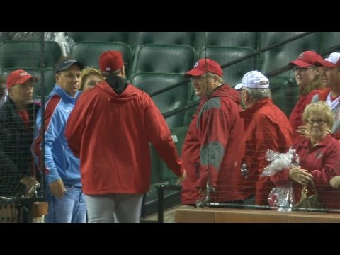 CIN@STL: Cards walk off, Reds think game isn't over