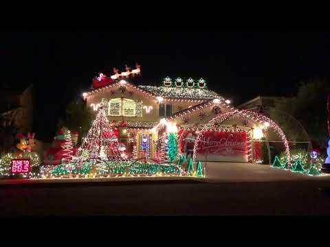 2017 Božićni svetlosni šou –Thunderstruck