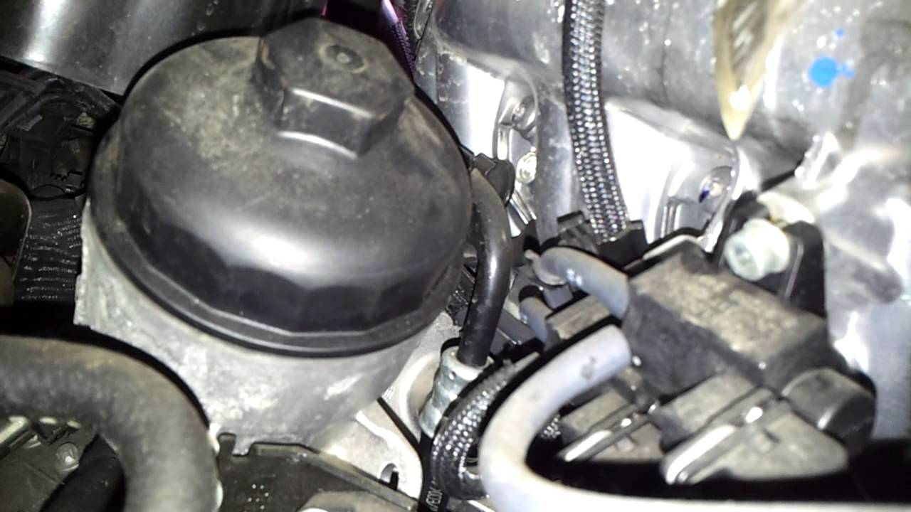 Where Is The Oil Filter In A Vauxhall Zafira B 05 On 1 7