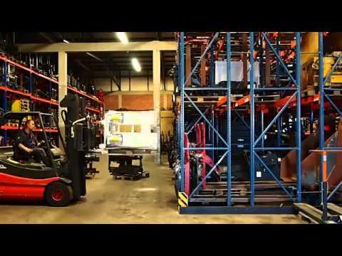 Forklift truck telescopic forks