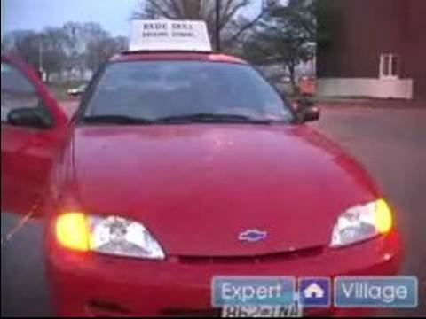 How to Pass a Driving Test : How to Use a Car's Lights