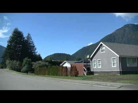 Driving in HOPE British Columbia Canada - Rambo Town - Free Improvised Jazz Music