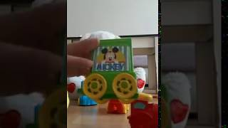 color song  wiht a cute child  نتعلم ألوان