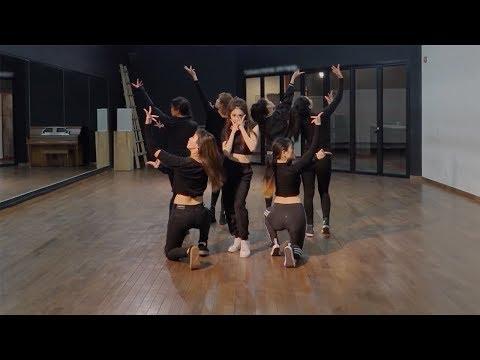 CHUNG HA (청하) - Roller Coaster Dance Practice (Mirrored)