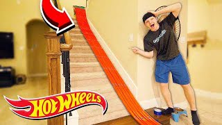 500FT HOT WHEELS TRACK AROUND MY HOUSE!