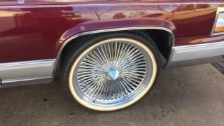 1992 Cadillac Brougham D'Elegance 22 wire rims and Vogue Tyres