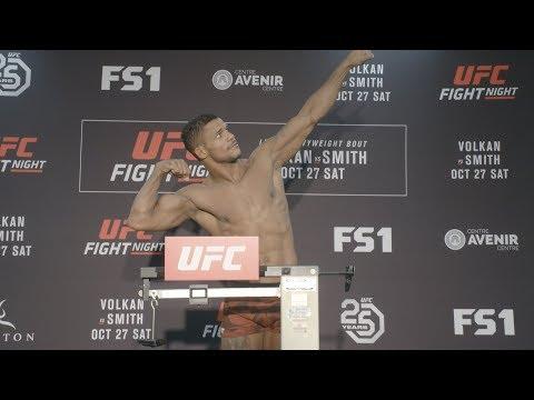 Ważenie UFC FN 138: Oezdemir i Smith gotowi do walki, Johnson nie wypełnił limitu