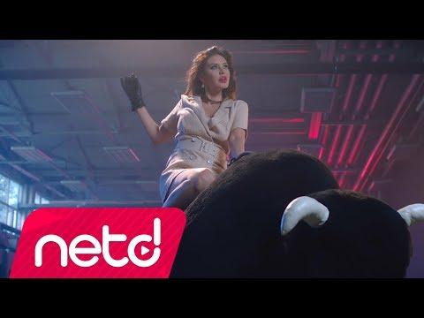 Ebru Polat - Akşam Sendeyiz Kraliçe