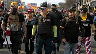 Los grupos de extrema derecha que respaldan a Donald Trump