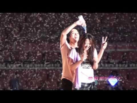 【愛澈澈的雪兒】100911 SMTOWN in Shanghai. ENDING ~ HeeChul