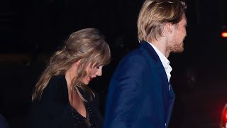 Taylor Swift & Joe Alwyn first public event together (The Favorite Premiere)
