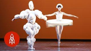 Bauhaus Ballet: A Dance of Geometry