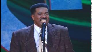 Steve Harvey: Singing Luther Vandross In the Car Alone