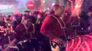 Lunes de Carnaval: Bamboleo desfila por la Calle Zurbarán