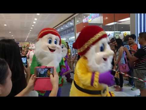 SM Christmas Parade 2016
