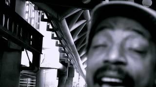 D.WattsRiot / KingLMan - KingLMan_Vultures' Bazaar feat. Earl Sixteen