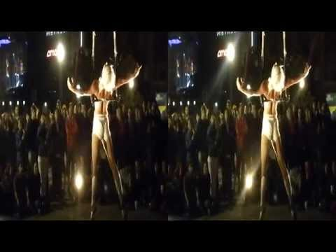 Trapeze Swing Performer @ Yerba Buena Night (YT3D:Enable=True)