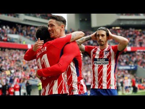 Chọn vị trí nhạy bén, vô-lê đẹp mắt Fernando Torres ghi bàn thắng thứ 100 tại La Liga