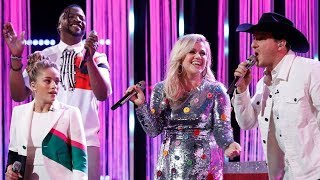 Kelly Clarkson Sustains an E5 on 'The Voice' Team KC Performance of 'Don't Take The Money'