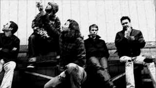 Pearl Jam - Last Kiss (lyrics)