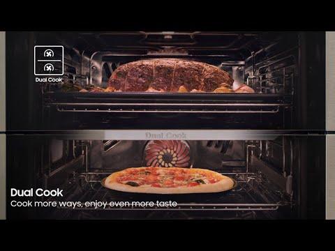 Samsung New Dual Cook Flex™ Oven: NV6300