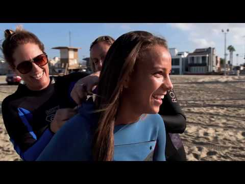 Julie Foudy takes U.S  soccer superstar Mallory Pugh surfing