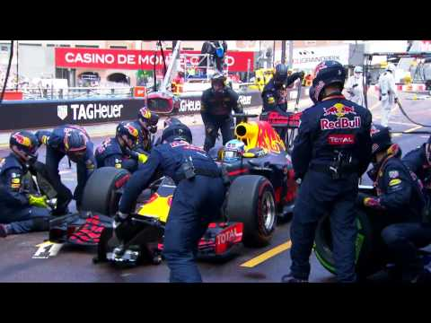 Pit Stop Error Costs Ricciardo | Monaco Grand Prix 2016