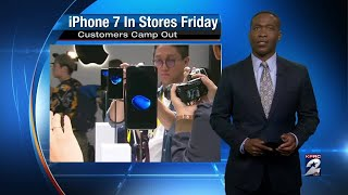 Apple fans camp out for iPhone 7