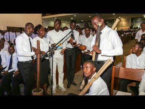 Gottesdienst für Jugendliche in Luanda/Angola