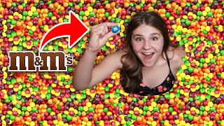 First To Find the M&M in Skittles Pool Wins $10,000 Challenge **IMPOSSIBLE**🌈   Piper Rockelle