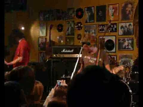 7раса - Дерево  (live: Днепр, Рок-кафе)