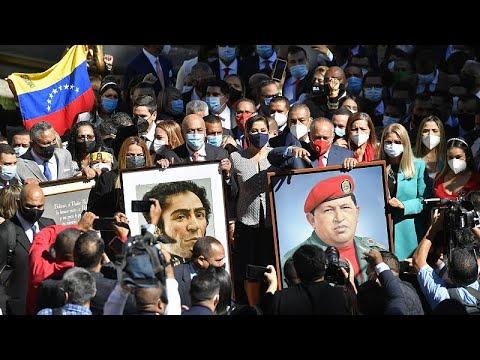El nuevo Parlamento de Venezuela toma el poder y Guaidó instala un segundo en paralelo