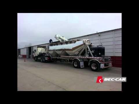 Cinta transportadora granelera Bec-Car R-1800.50 moviendo arena de fractura