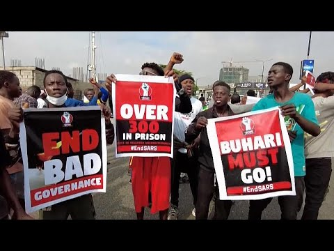 Fiatalok demonstráltak Nigériában a véres tüntetés évfordulóján