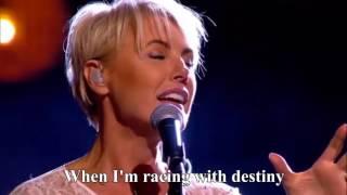 Dana Winner - One Moment In Time - live [Lyrics] HD  | Liefde Voor Muziek | VTM