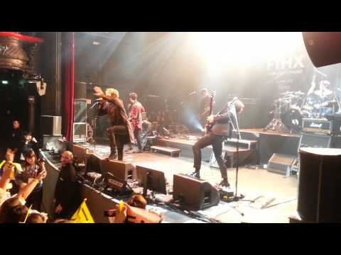 16.01.2015 FTISLAND - Bad woman + Flower rock @FTHX Live in Paris