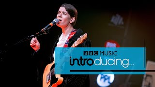 Liz Lawrence - None Of My Friends (The BME Sessions)
